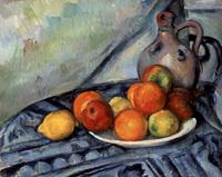 Frutta e Brocca sul Tavolo